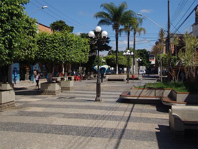 Praça JK Vespasiano